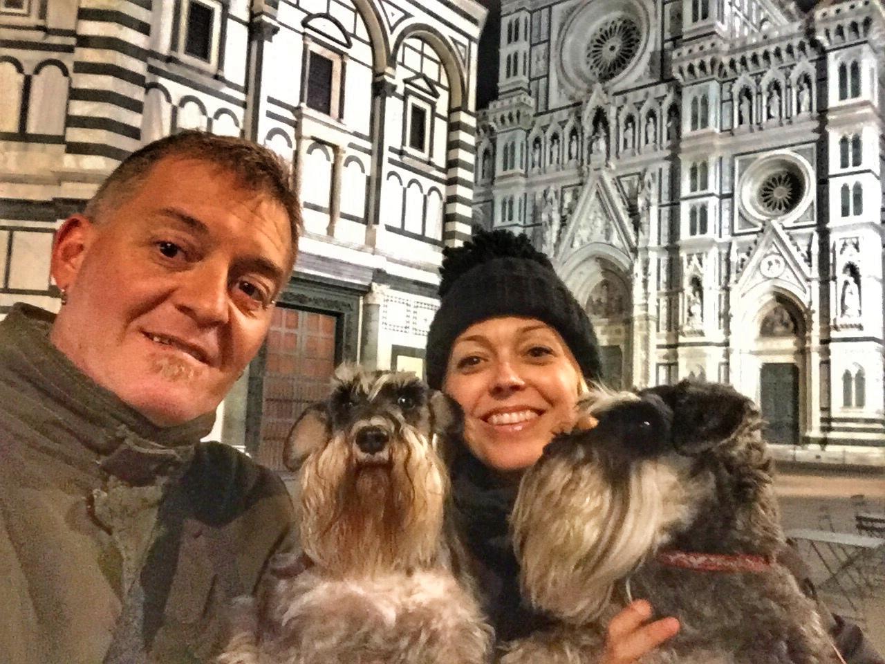 Florencia, Plaza del Duomo, Viajar con perros, perros viajeros